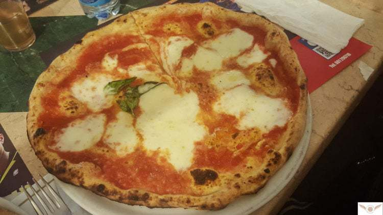naples local food guide eat find naples italy pizza