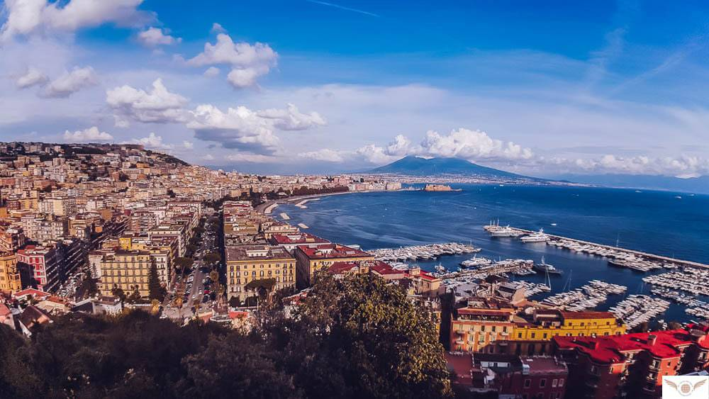solo traveler to naples italy weather in Campania
