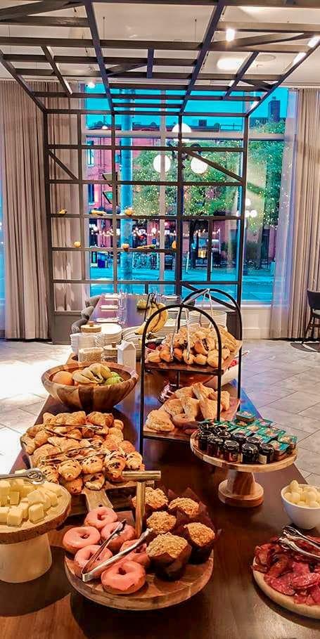 breakfast andaz byward market hotel lobby