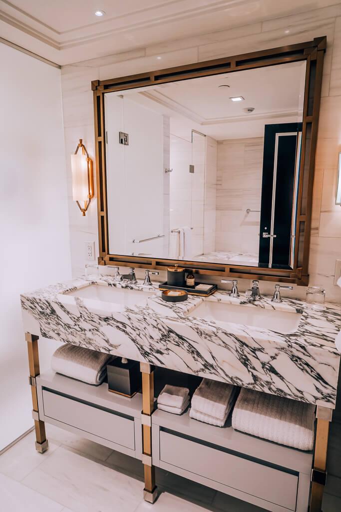 fairmont gold suite washoroom